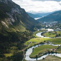 Droneblde av Strynselva, fotokunst veggbilde / plakat av Tor Arne Hotvedt