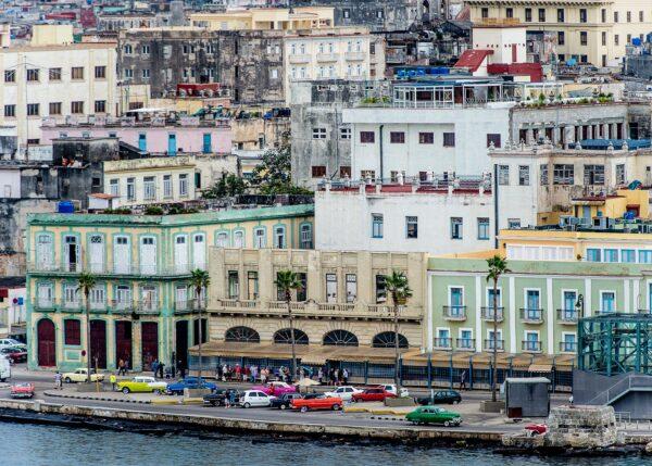 Havana by mid-day, fotokunst veggbilde / plakat av Terje Kolaas