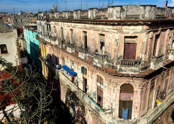 Murhus i Havanna, fotokunst veggbilde / plakat av Terje Kolaas