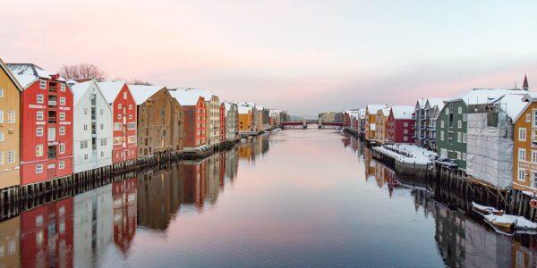 Trondheimsidyll, fotokunst veggbilde / plakat av Terje Kolaas