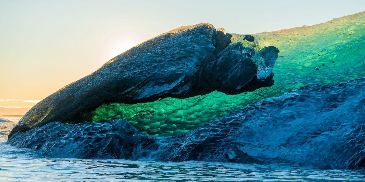 Det edle isfjellet II, fotokunst veggbilde / plakat av Terje Kolaas