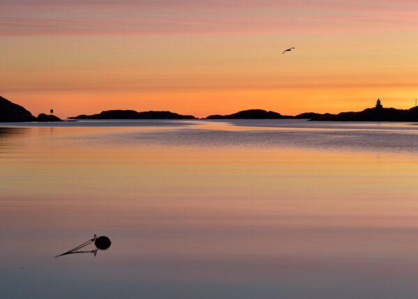 Soloppgang ved Kilsund, fotokunst veggbilde / plakat av Tom Erik Smedal