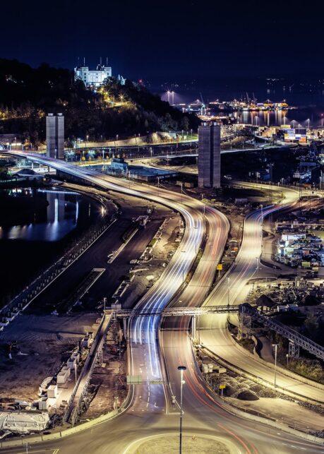 Oslo by night II av Thor Håkon Ulstad